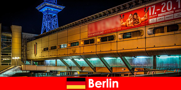 Ζήστε τη νυχτερινή ζωή του Βερολίνου με ριπές οίκου ανοχής και ευγενή μοντέλα συνοδείας