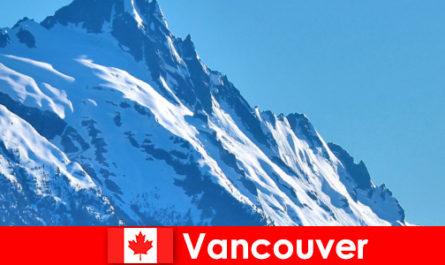 Η πόλη του Βανκούβερ στον Καναδά είναι ο κύριος στόχος του ορειβατικού τουρισμού
