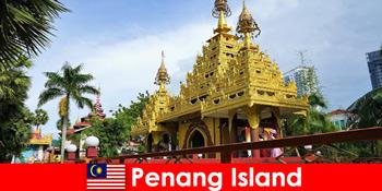 Κορυφαία εμπειρία για εμπειρία ξένων τουριστών στα συγκροτήματα ναών του νησιού Penang