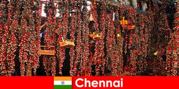 Ήχοι και ντόπιοι χοροί στο ναό περιμένουν αγνώστους στο Τσενάι της Ινδίας
