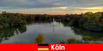Περιηγήσεις στη φύση μέσα από δασικά βουνά και λίμνες σε φυσικά πάρκα της Κολωνίας Γερμανία
