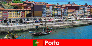 City break για τους επισκέπτες στο Πόρτο της Πορτογαλίας με γοητευτικά μπαρ και τοπικά εστιατόρια