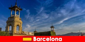 Αρχαιολογικοί χώροι στη Βαρκελώνη Ισπανία περιμένουν ενθουσιώδεις τουρίστες ιστορίας