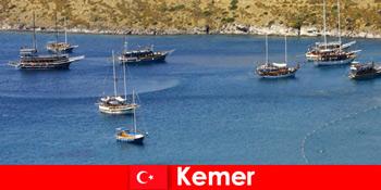 Ταξίδι περιπέτειας με πλοίο στο Kemer Turkey για ερωτευμένο ζευγάρια και οικογένειες