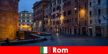 Σύντομο ταξίδι για τουρίστες το φθινόπωρο στη Ρώμη Ιταλία στα πιο όμορφα αξιοθέατα