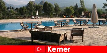 Φθηνές πτήσεις, ξενοδοχεία και ενοικιάσεις προς Kemer Τουρκία για καλοκαιρινές διακοπές με οικογένεια